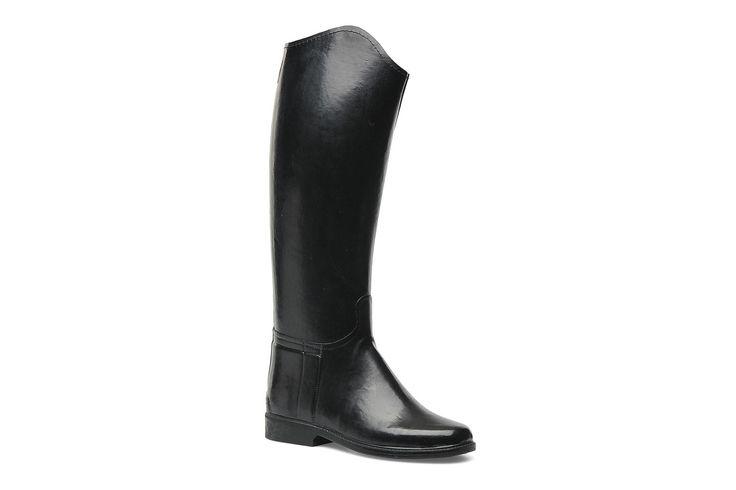 ¡Cómpralo ya!. Alezan Toile by Le Chameau. ¡Envío GRATIS en 48hr! Zapatillas de deporte Le Chameau (Mujer), disponible en 36|38 Las botas de equitación Alezan Toile se apoderarán de todo tu vestuario de amazona llena de estilo. Con su exterior de caucho, las Le Chameau Alezan Toile son perfectas para salir a montar a caballo en la época de lluvias. Su caña es de 36cm de alto, con un diámetro de 36cm en la zona de la pantorrilla, y su tacón es de 3cm. Las Le Chameau Alezan Toil...