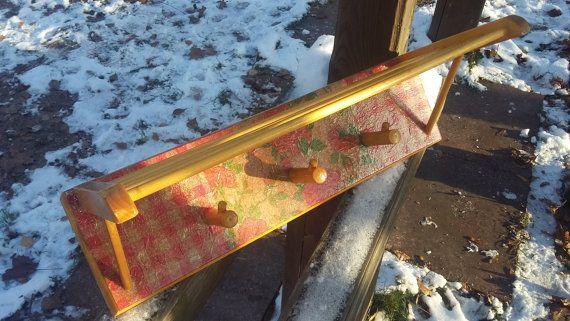 Винтаж. Вешалка деревянная. Деревянные колышки-крюки от RAGMAN770