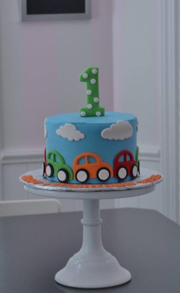 Autokuchen, kleiner Autokuchen, Kuchen zertrümmert. kleiner Junge Kuchen, erste Geburtstagstorte   – Birthday Cake Blue Ideen