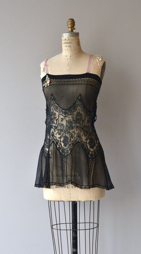 Trop Belle nightie | vintage 1920s lingerie | 20s lace nightie