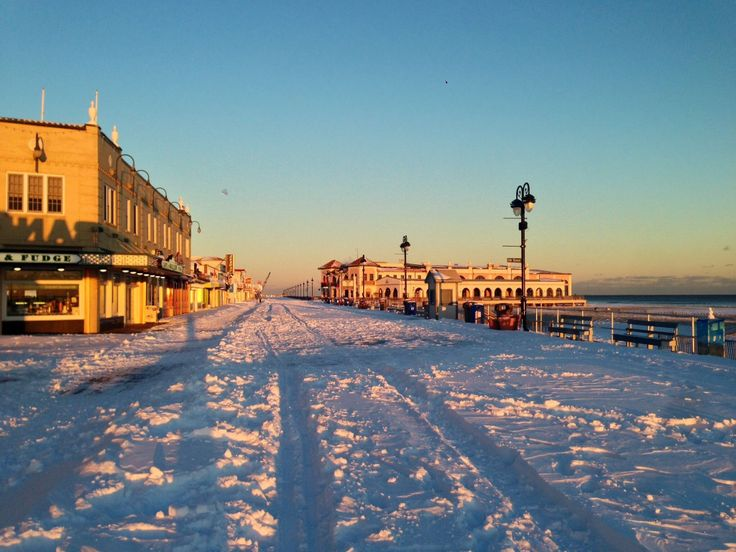 That is beautiful. We practically grew up going to Ocean City, NJ in the summer time, but i've never seen a winter pic of the boardwalk.