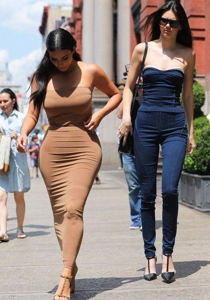 Kendall Jenner Photos: The Kardashian Clan Goes Shopping