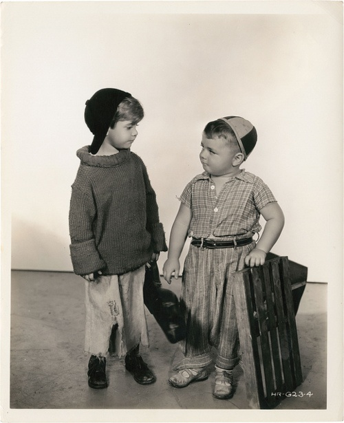 Our Gang / Little Rascals  Scotty (Scotty Beckett) And Spanky (George McFarland)  funny funny lil kids, they go into a lot of mischief