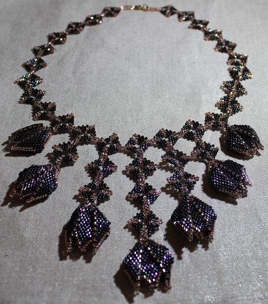 Hand made by Renata Vespa. Jewelry, beads