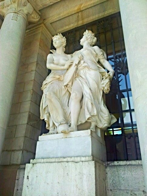 Estatuas bellaz artes