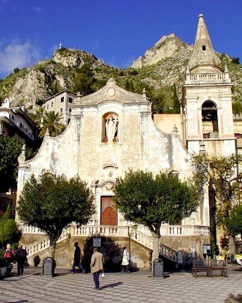 Il Duomo di Taormina - Taormina, Sicily