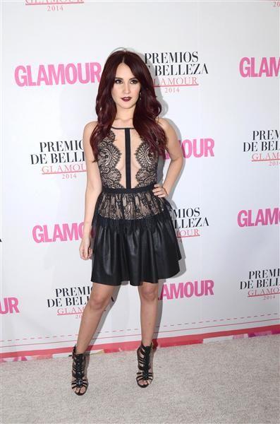 Dulce María asiste a la fiesta de los Premios de Belleza Glamour, que entrega la revista Glamour, en México, el 19 de febrero de 2015.¿Nos sigues en Facebook?