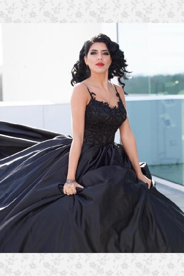 08296b33c78d Discount Vogue Lace Black Wedding Dress