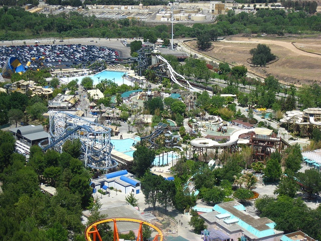 Six Flags Hurricane Harbor, Texas