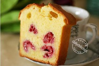 dailydelicious: CAKE ISPAHAN: Rose Water and Raspberry Cake