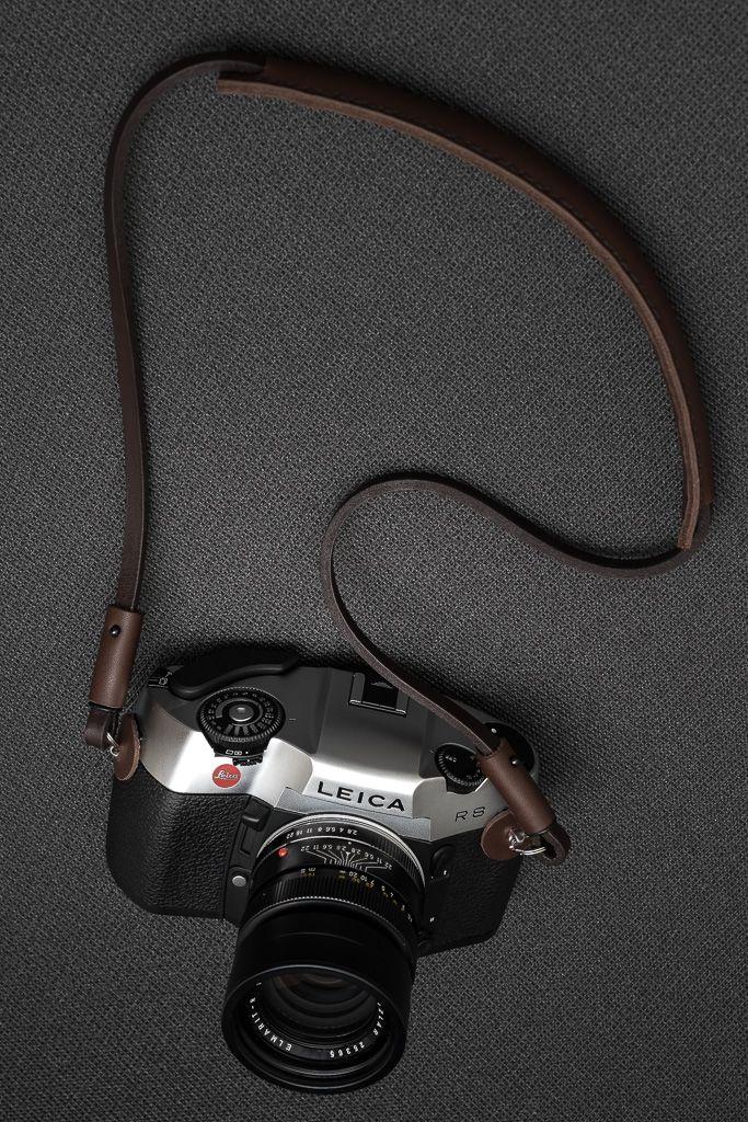 Deadcameras brown shoulder strap & Leica R8