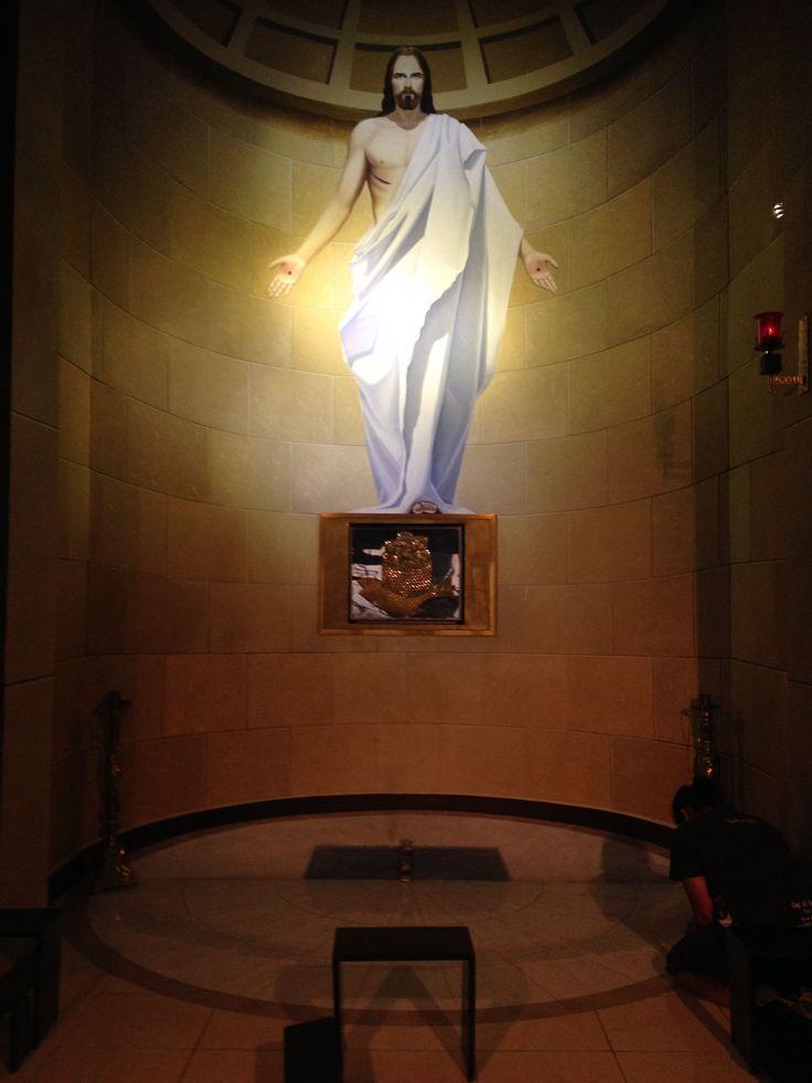 Imagen católica: sagrario,capilla,jesus,eucaristia,adoracion,oracion,resurreccion - Cathopic