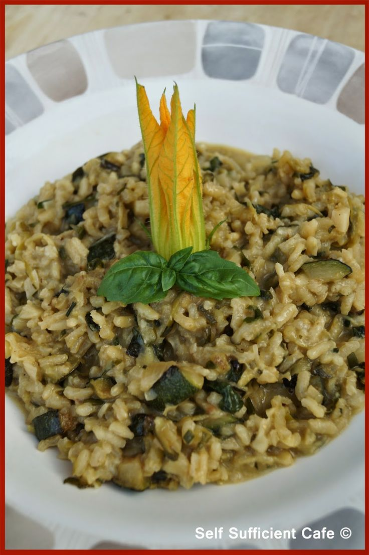 Self Sufficient Cafe: Courgette Risotto with Fresh Garden Herbs