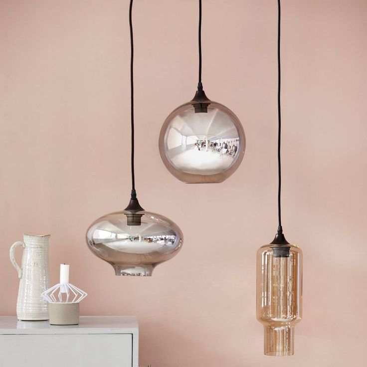 - House Doctor Plafondlamp Circle -  De plafondlamp Circle van House Doctor is met rechte een bijzonder fraaie blikvanger in je woonkamer te noemen. Onmisbaar in een eigentijdse interieur.