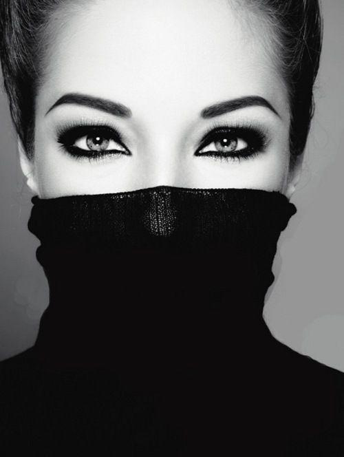 smoky #Eye Makeup| http://amazingeyemakeuptips701.blogspot.com