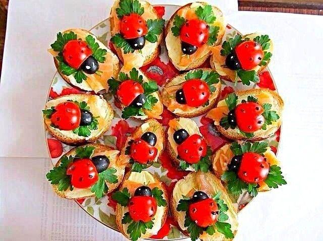 mariazadさんのお料理Ladybird toasts #snapdish #foodstagram #instafood #food #homemade #cooking #japanesefood #料理 #手料理 #ごはん #おうちごはん #テーブルコーディネート #器 #お洒落 #ていねいな暮らし #暮らし #食卓 #フォトジェ #Ladybird #toasts #トースト #オープンサンド #てんとう虫 #サンドイッチ #アイデア料理 https://snapdish.co/d/0DnX9a