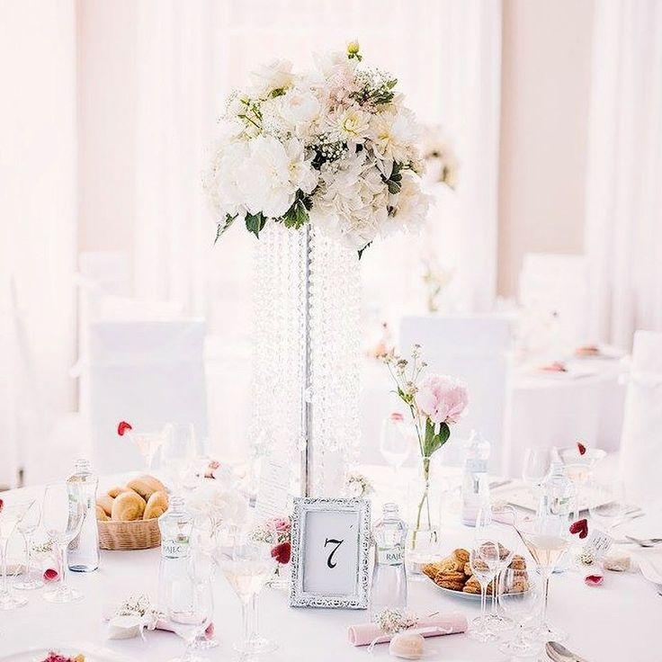 Ďakujem Katke a Jurajovi za krásne fotky od fotografa Peter Prochazka PHOTOGRAPHY z ich zasnenej svadby.  Katke sa páčia pivonky hortenzie a ruže tak sme jej tento sen splnili v Reštaurácií KMK. #kvetysilvia #kvetinarstvo #kvety #svadba #love #instagood #cute #follow #photooftheday #beautiful #tagsforlikes #happy#like4like #nature #style #nofilter #pretty #flowers #design #awesome #wedding #home #handmade #flower #summer #bride #weddingday #floral #naturelovers #picoftheday