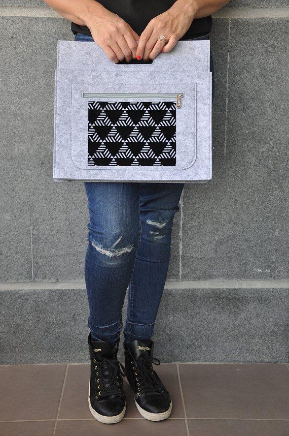 Laptop carrying case, Felt macbook sleeve, ipad case, 13 inch laptop case, Macbook pro sleeve, 11 inch laptop case, Laptop decals, Tablet #fashion #fashionblogger #bags #boho #bohostyle #tote #totebag #style #styleblogger #fashionista #sleeve