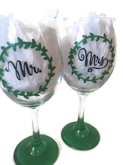 mr and mrs hand painted wine glass rustic wreath hand painted wedding wine glasses