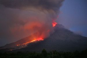 Indonesia Volcano Erupts   http://globenews.co.nz/?p=7658