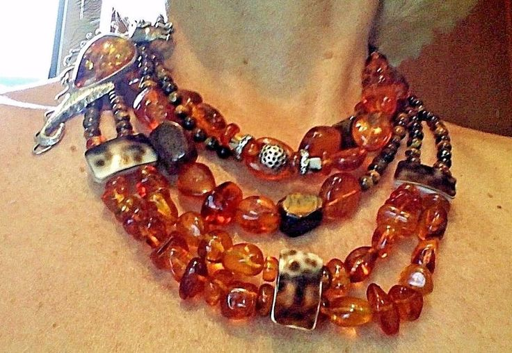 ORIGINAL ART AMBER NECKLACE . BY GALINA DYKHNE  ARTIST OF SOUTH USA .  #GALAARTIST