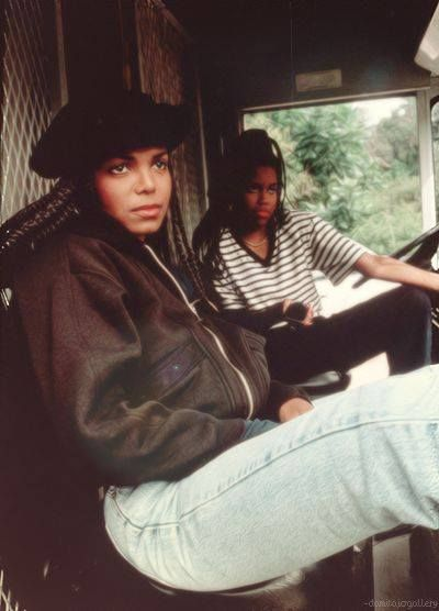 "Throwback Pics - Janet Jacks and Regina Kin in ""Poetic Justice"" #BeNostalgic #throwbackpics #throwback #oldschool - http://ift.tt/1HQJd81"