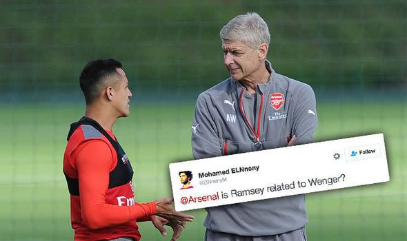 Alexis Sanchez starts for Arsenal but fans on Twitter slam starting XI set to face Man Utd   via Arsenal FC - Latest news gossip and videos http://ift.tt/2g4OBLR  Arsenal FC - Latest news gossip and videos IFTTT