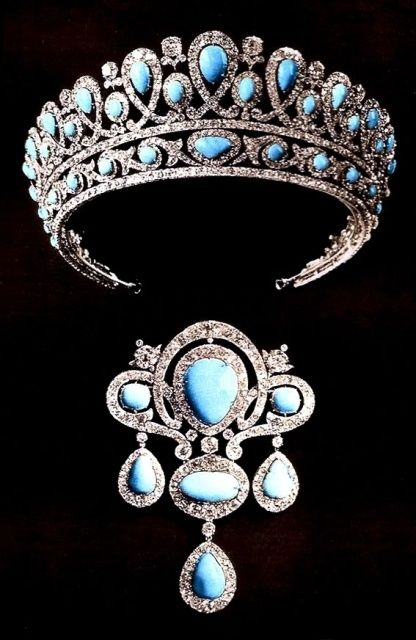 The turquoise tiara replica worn by Princess Francoise, second wife of Prince Christopher of Greece. The original was made in 1890 in Russia. Designed as a series of thirteen pear-shaped large turquoises, with similar, but slightly smaller spacers topped with diamonds. Each turquoise was surrounded by a diamond loop,  which interlinked with the next; and was raised on a open-work band of diamonds and turquoise buttons held within diamond scrolls.