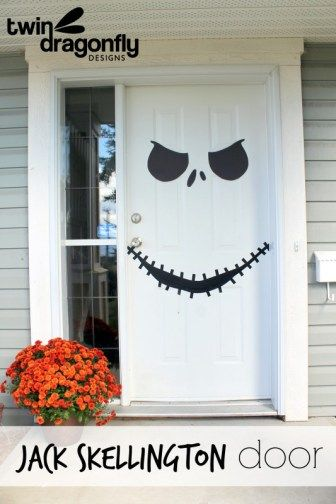 10 Disney Halloween decorations to make