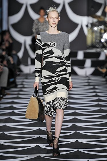 This Diane von Furstenberg Fall 2014 mixes in gray and takes on the  challenge of mixing patterns
