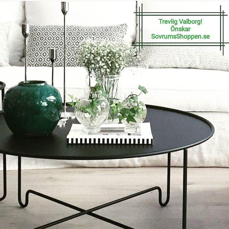 Vi önskar alla en trevlig valborgsmässoafton! Nu håller vi tummarna för att våren kommer på riktigt snart!  #valborgsmässoafton #soffbord #bord #sovrum #vardagsrum #kök #hall #hem #home #homestyling #bedroom #inredning #inredningsdetaljer #hemma #heminredning #interior #interiordesign #inredningsinspiration #nytt #inreda #homedecor #interiors #interiör #beautiful #vackert