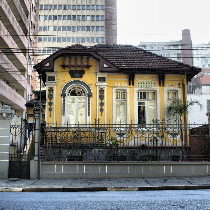San Paulo Apartments: Beautiful Mansion At Caio Prado Street, Sao Paulo (Brazil