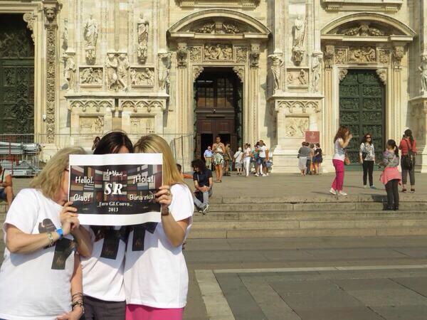 RT @SRFansRomania: Italia - Milano Jul/13 with @SRFansUK @TwiArcady90 Thank you SR for make it possible @Sylvain Reynard @Argyle_Empire http://twitter.com/SRFansRomania/status/414063624441712640/photo/1