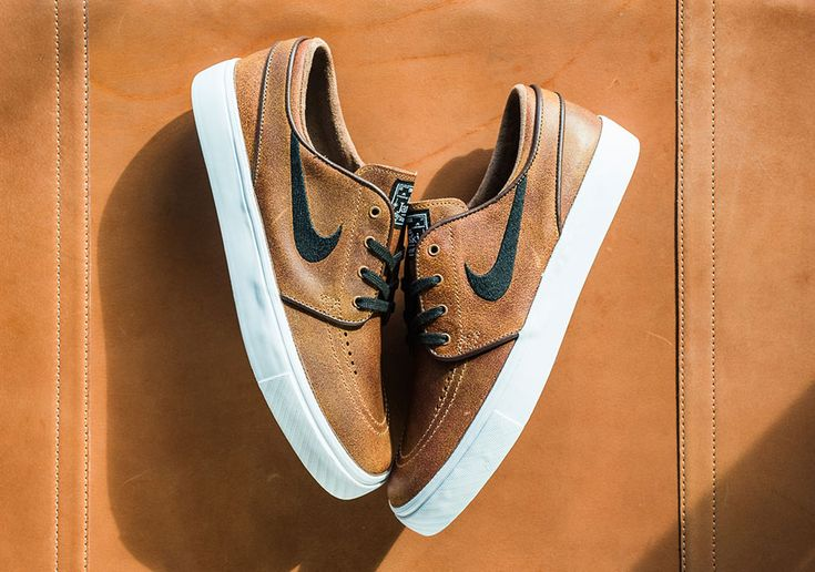 The latest Nike SB Zoom Janoski goes for an antique look with this version in brown distressed leather. The Ale Brown upper with an aged finish my remind you of any number of old leather things, like your grandpa's briefcase … Continue reading →