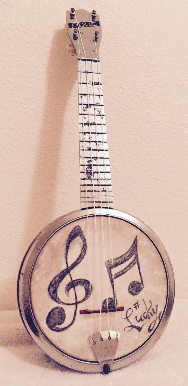 L〰Vintage Machine Age Chrome Dixie Banjo Ukulele Uke with Illustrated head banjolele