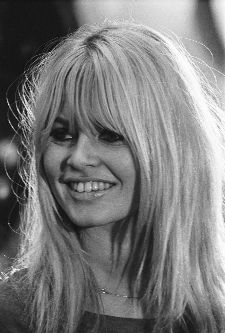 Brigitte Bardot iconic fringe   BANG, FRINGE, FRANJA ...