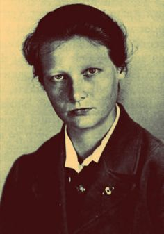 Dr. Herta Oberheuser was tall and blond she had a penchant for pink underwear.She was the doctor in Ravensbruck and give out lethal injections.