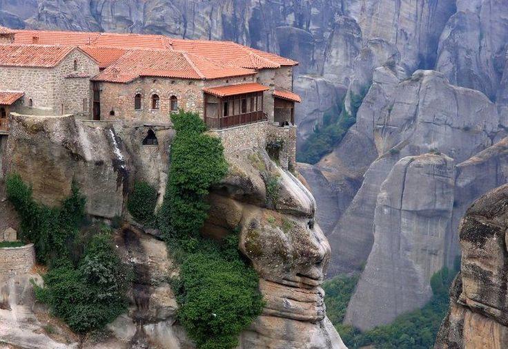 monasterios colgantes de meteora - Buscar con Google