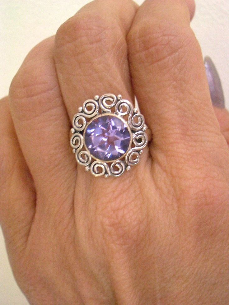 Sz 8, Colorchanging Violet to Green ALEXANDRITE (Lab) Round Faceted Gemstones…