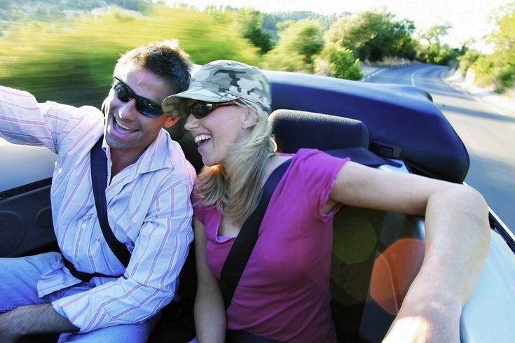 Araç kiralayacağınız zaman güvenilir araç kiralama firmaları arıyorsanız İzmir rent a car ofisi olarak bize ulaşabilirsiniz.