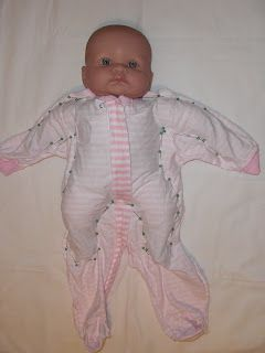 How to make a sleepsuit