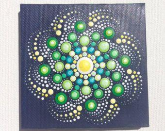 15x15cm de Mandala pintura original sobre lienzo, arte aborigen, pequeño, pintura acrílica sobre lienzo. Mi arte será empaquetado cuidadosamente para asegurar le llegue en perfectas condiciones de pintura y enviado con una prioridad el correo aéreo.