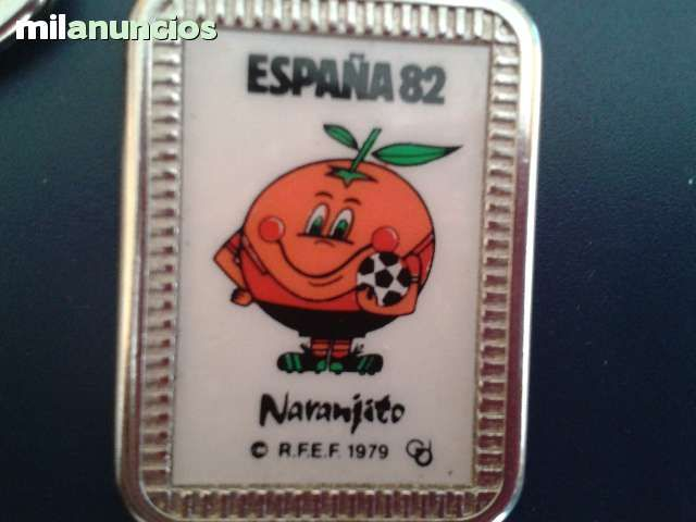 Vendo llavero España 82. Anuncio y más fotos aquí: http://www.milanuncios.com/llaveros-de-coleccion/llaverito-naranjito-136303693.htm