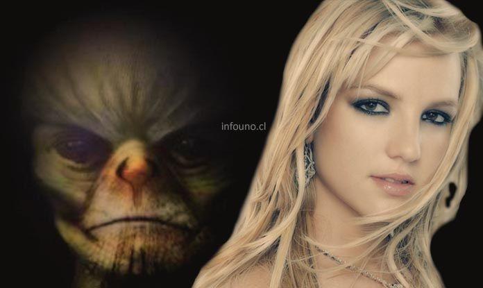 """(adsbygoogle = window.adsbygoogle    []).push();   Britney Spears ha dicho a amigos cercanos y personal que el príncipe Guillermo es un reptil que se desplaza entre la forma humana y reptil en momentos de mayor excitación. Explicando que tuvo un """" romance cibernético """"..."""