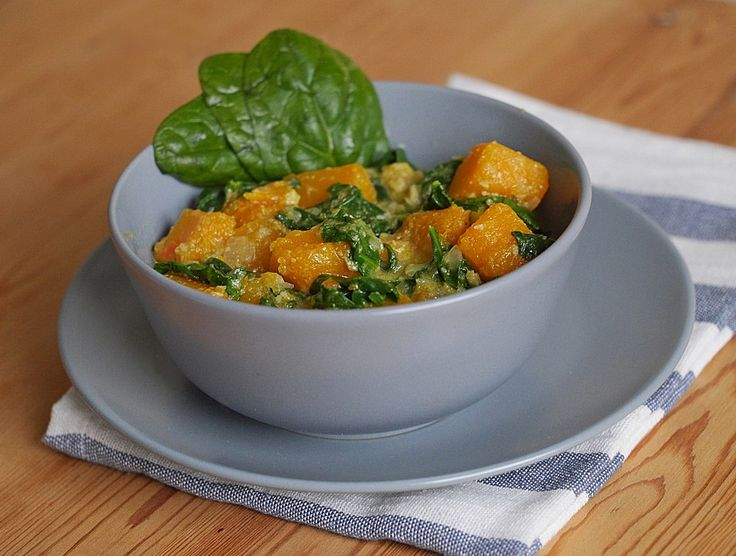 Kürbis-Spinat-Curry, ein gutes Rezept aus der Kategorie Dünsten. Bewertungen: 69. Durchschnitt: Ø 4,3.