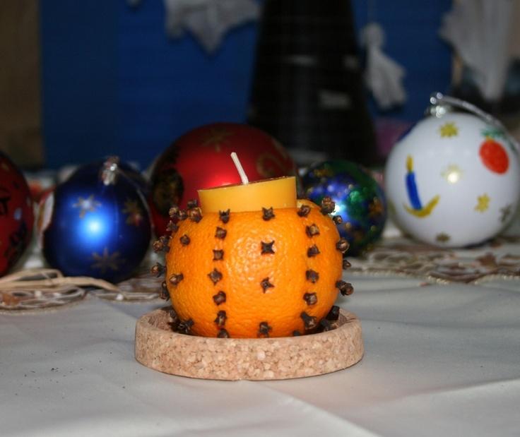 Wigilijny świecznik z pomarańczy dla dzieci
