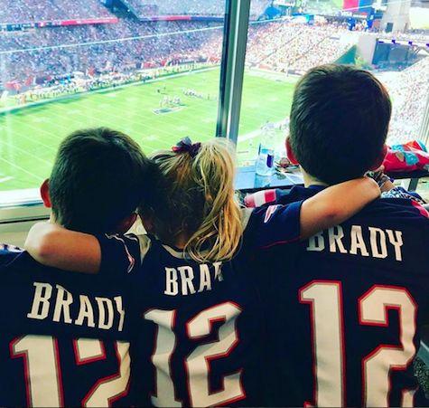 Tom Brady's Football Fans - http://celebritybabyscoop.com/2017/09/26/tom-bradys-football-fans?utm_source=Pinterest&utm_medium=Social #BenjaminBrady #BridgetMoynahan #Football #GiseleBundchen #JackBrady #NewEnglandPatriots #NFL #NFLstar #Pats #TomBrady #VivianBrady