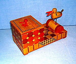 OCCUPIED JAPAN bird cigarette dispenser box: Boxes Tobacciana Cigarette, A Tiqu V Tage, Japan, Cigars Cases, Cigarette Cigars, Vintage Ashtray, Birds Cigarette, Cigarette Dispenser, Dispenser Boxes