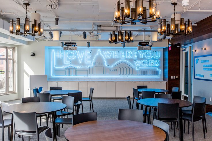 https://flic.kr/p/NVqpGq | Twitter DC | The @TwitterDC office in Washington, D.C. Image copyright Plume Photography for Twitter, Inc.