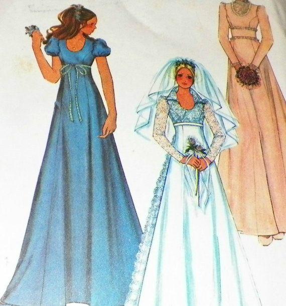 Couture patron robe de mariée et de demoiselle d'honneur Empire taille Mod Vintage des années 1970 robe de mariée avec Train de taille 12
